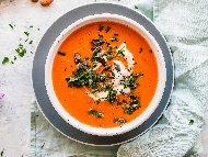 Крем супа от тиква, картофи и моркови с кокосово мляко, масло, джинджифил и канела
